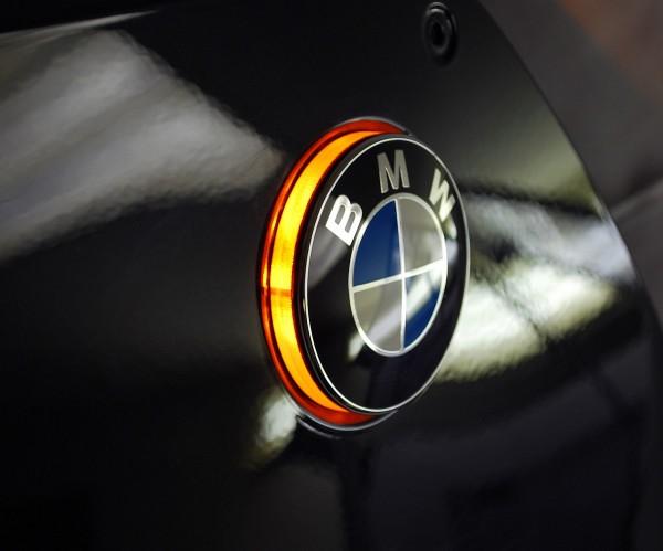 F800GS up to mod. 2011 BMW roundel badge LED lights