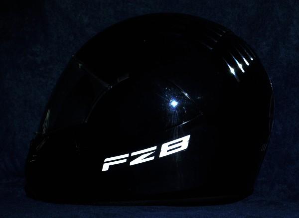 Helmaufkleber reflektierend im Stil Yamaha FZ8 Typ 1